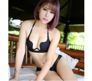 Isaure female escorts services in Cimarron Hills, CO