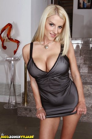 Siryne escorts in Oakley, CA